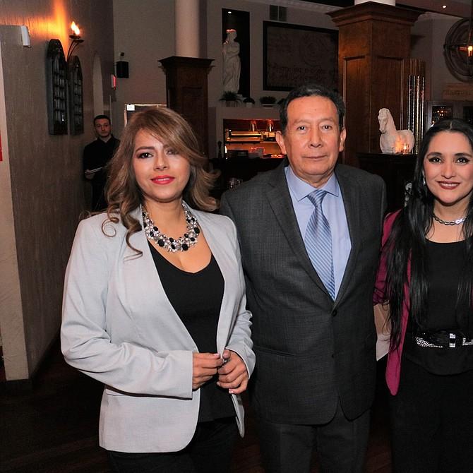 Anny Sandoval, Cesar Rojas, Verónica Robles y Willy López