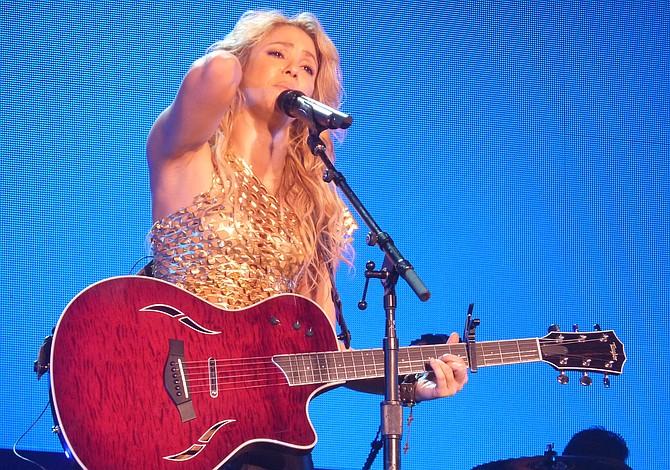 Shakira pospone concierto en Los Ángeles por motivos de salud