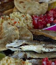 El pescado fresco se vuelve en un exquisito platillo en cualquiera de los ranchos.