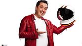 """El comediante colombiano Andrés López se ha hecho famoso en toda Latinoamérica con su show """"La Pelota de Letras"""", que detalla los cambios generacionales en las familias latinas"""