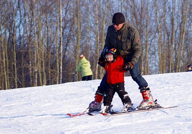 Ocho deportes que puedes practicar al aire libre en el invierno