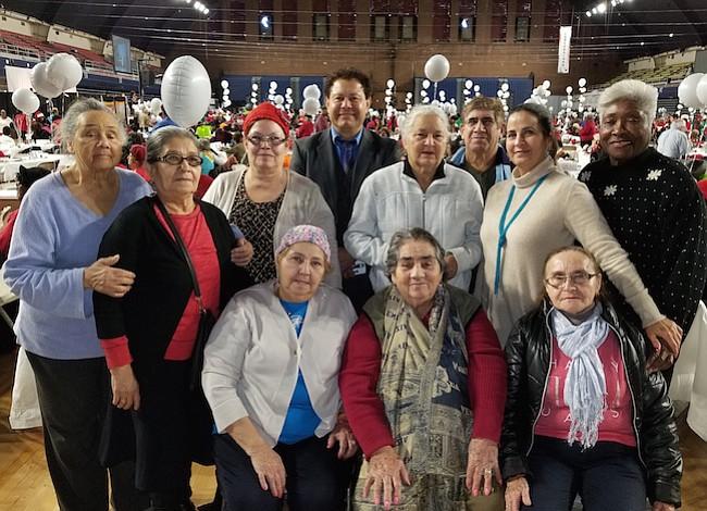 Abuelitos de DC celebraron la navidad por todo lo alto