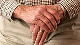 Alrededor del 15% de las personas mayores que buscan atención médica han sufrido al menos un problema vinculado a su medicación