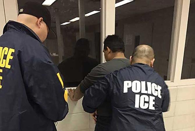 Centroamericanos  son los más deportados por el ICE
