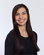 """Laura Chávez interpreta el papel de Bella en la producción """"Drem Big"""" de Disney on Ice, presentándose hasta el 1 de enero en Boston"""