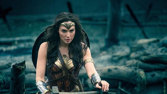 """Gal Gadot en """"La Mujer Maravilla"""", cuya directora, Patty Jenkins, se ha convertido en la cineasta más taquillera de todos los tiempos."""