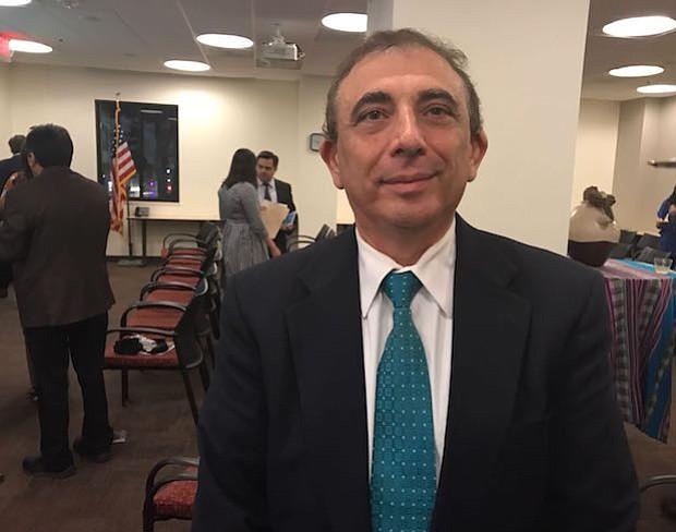 Michel Zajur: Este año, una de las prioridades de la Cámara Hispana es pedirle a nuestros representantes políticos que otorguen licencias de conducir a inmigrantes de Virginia, así como se ha visto en otros estados del país.