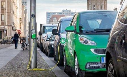 Pekín tiene ya más de 112.000 puntos de recarga de vehículos eléctricos