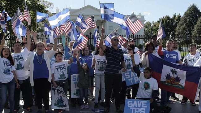 ¿En qué trabajan los salvadoreños con TPS en Estados Unidos?