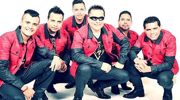 'Baile del Recuerdo'  con el grupo Mojado en El Corona  Event Center