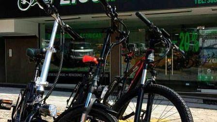 Presentan en Panamá bicicletas eléctricas como alternativa a movilidad urbana