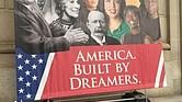 El cartel que apoya a los soñadores fuera de la Cámara de Comercio de los EE.UU.