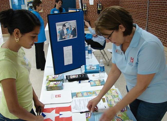 Realizan Feria de Educación Bilingüe