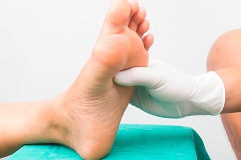 Crean dispositivo que detecta problemas de pie diabético mediante temperatura