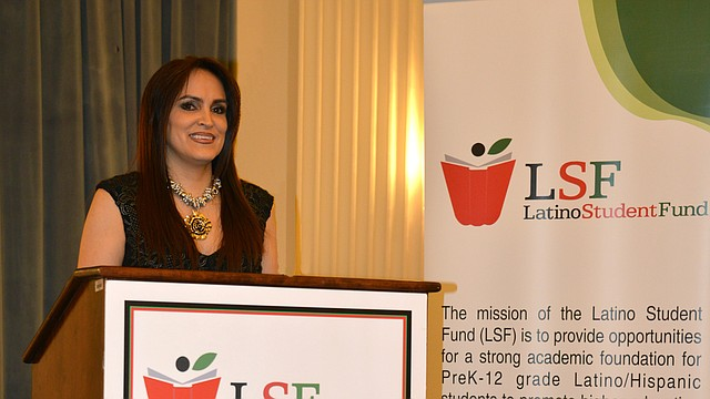 PRESIDENTA. María Fernanda Borja del Latino Student Fund.