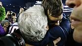Tom Brady, emocionado al final del partido porque alcanzó su octava Super Bowl