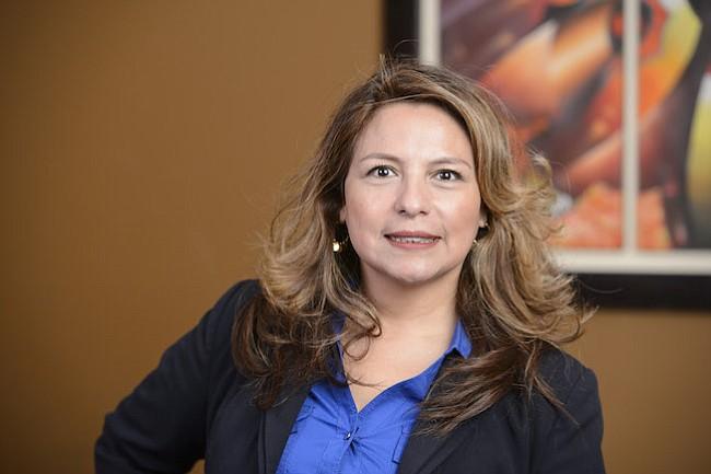 Virginia: Delegada Elizabeth Guzmán insiste con proyecto de ley para estudiantes inmigrantes