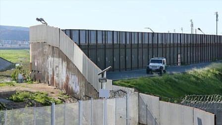 Gobierno de EEUU suspende leyes ambientales para construir el muro