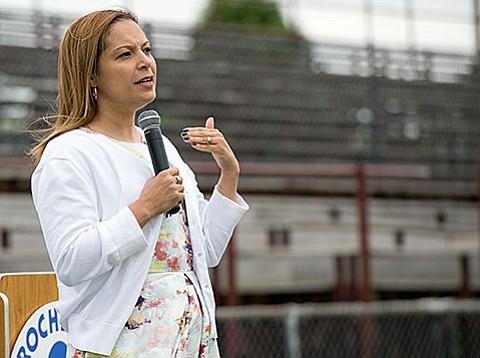 Massachusetts podría tener una Comisionada de Educación latina por primera vez