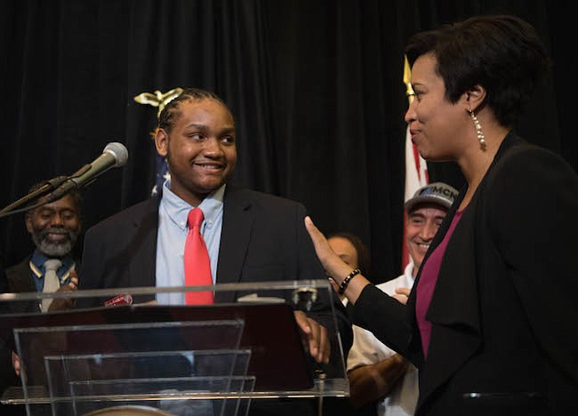 EMPLEOS. La Alcaldesa Bowser dio inicio al periodo de inscripción y solicitud del programa del 2018.