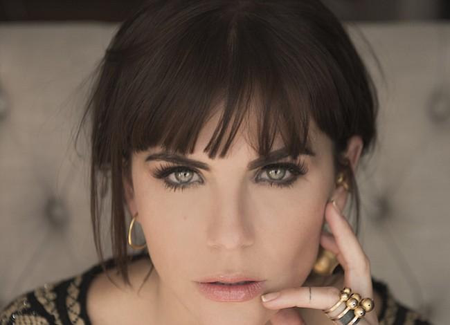 María Fernanda Yepes personifica al amor eterno de José José en la reciente producción de Telemundo