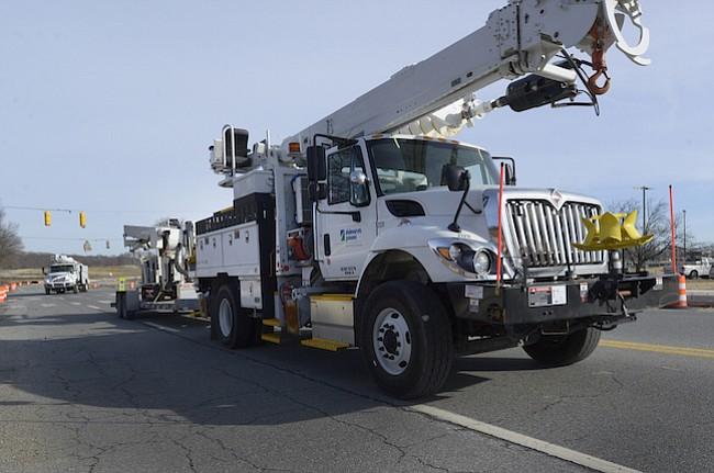 Una docena de camiones se unirá al operativo de restablecimiento eléctrico