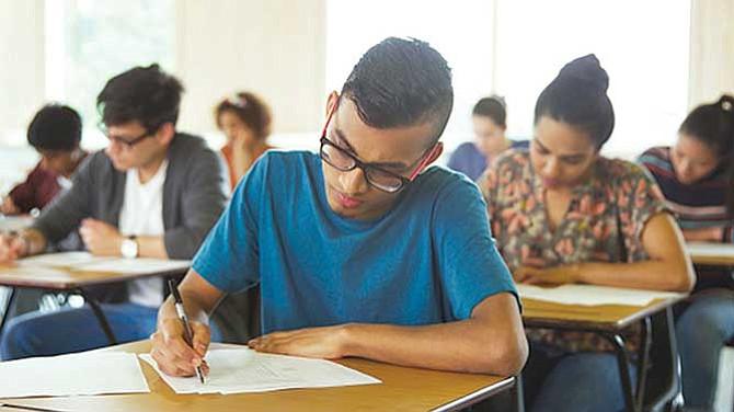 Mayoría de estudiantes universitarios no dominan las matemáticas