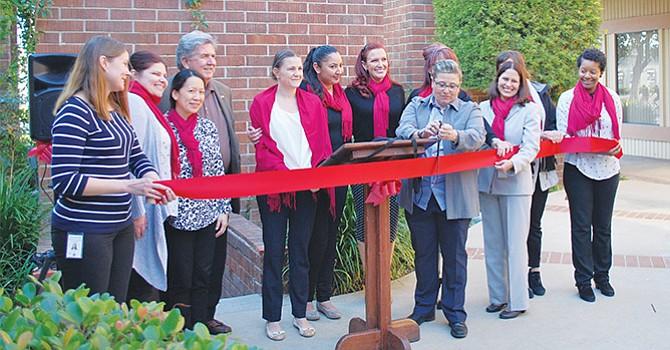 North County Serenity House inauguró su nuevo programa de tratamiento de trastornos por el uso de sustancias para pacientes ambulatorios en Oceanside. Foto: NCSH.