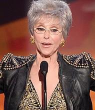 Rita Moreno es la única actriz latina que ha ganado un Óscar, un Emmy, un Grammy y un Tony Foto: cbsnews.com