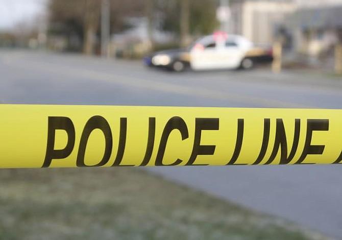 Tres policías heridos y un sospechoso muerto en un tiroteo en Estados Unidos