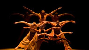 Alvin Ailey American Dance Theater celebra sus 50 años en Boston