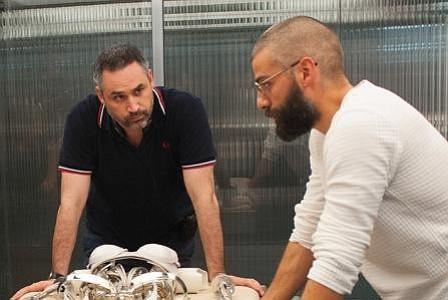 Óscar Isaac promete fidelidad eterna a Alex Garland