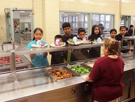 Distrito Escolar de Filadelfia dice adiós al poliestireno en las cafeterías