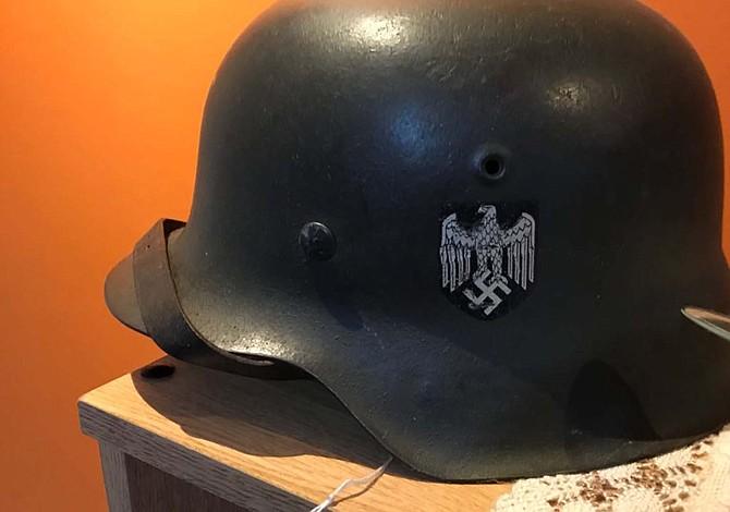 Incautaron en Argentina una colección de objetos nazis
