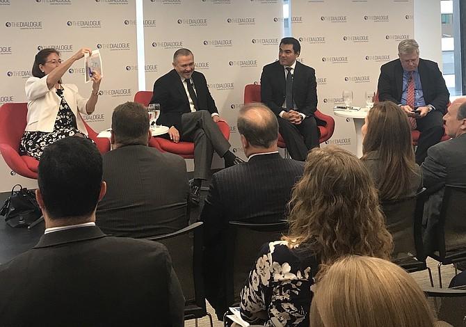 Diálogo en DC sobre el fin del TPS