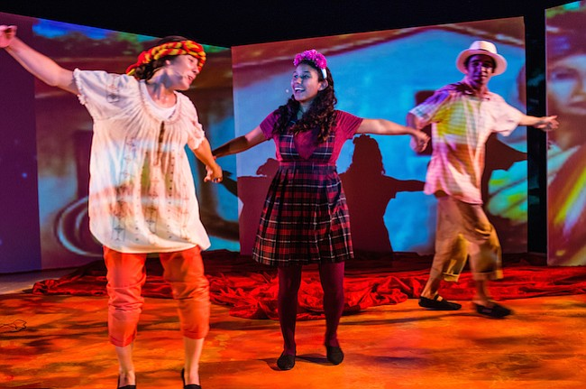 Folklore e inmigración se unen en divertida obra