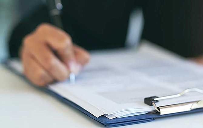 USCIS no recibirá más documentos con firmas de representantes legales