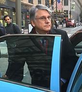 El neurologo Ricardo Cruciani pagó una fianza de un millón de dólares
