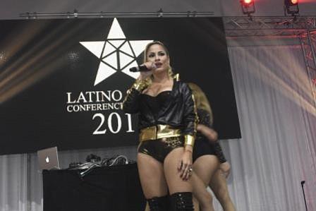 """Éxito total el lanzamiento en Miami de """"Latino Show Conference & Awards 2018"""""""