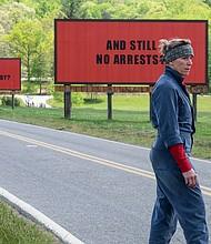 "France McDormand como Mildred Hayes en ""Three Billboards Outside Ebbing, Missouri""."