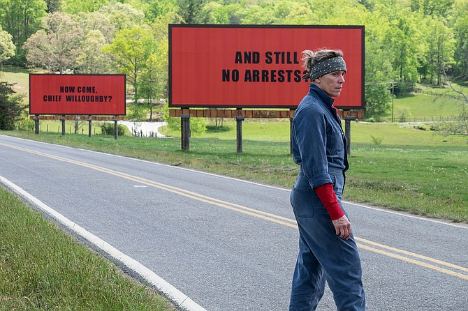 "France McDormand como Mildred Hayes en ""Three Billboards Outside Ebbing, Missouri""."