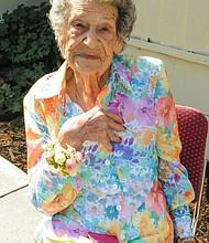 Maxine Stanich, a los 87, había firmado una directiva para no ser resucitada si su corazón se detenía. Así y todo, los médicos le colocaron un desfibrilador.