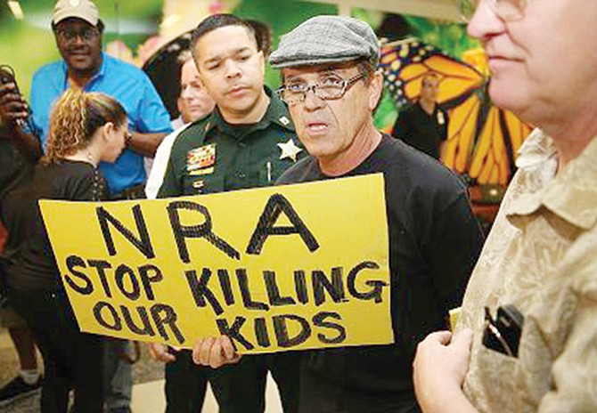 Control de armas es clamor de los padres de familia