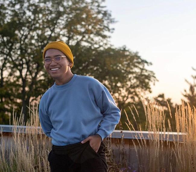 Edgar Tumbokon, estudiante universitario de 19 años se inspiró en trabajadores agrícolas para su video que trata sobre la diabetes en jóvenes inmigrantes.