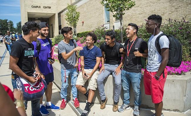 El College quiere facilitar el acceso tanto a los estudiantes como a sus padres a información sobre sus opciones académicas y ayudas financieras