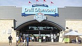 Dell Diamond, 3400 E. Palm Valley Blvd. en Round Rock (TX 78665).