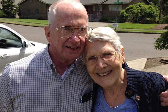 Charlie y Francie Emerick en una foto de mayo de 2016. La pareja, ambos con diagnósticos terminales, eligió morir al mismo tiempo.