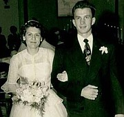 Charlie y Francie Emerick, el día de su boda, el 4 de abril de 1951.