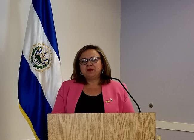 Empresas salvadoreñas visitaron área metropolitana de DC para ofrecer sus productos al mercado local