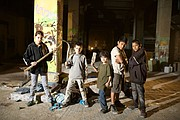 Tigers Are Not Afraid es descrita como un cuento de hadas oscuro y ultra real, centrado en una pandilla niños que han quedado huérfanos por la guerra entre y contra carteles de droga en México, pero que está contado desde el punto de vista de los niños que está influenciado por el realismo mágico.